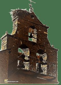Campanario en Murías de Paredes