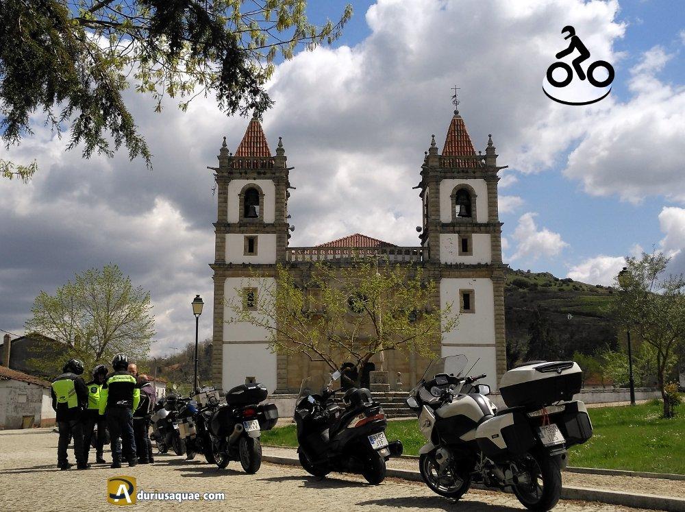 Un paseo en moto hasta la Raya, luego a la Raia... y vuelta