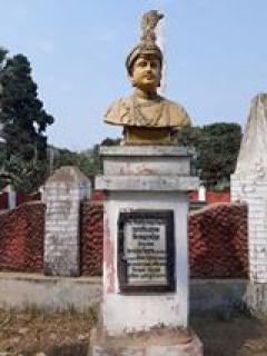 মোহনলাল সিরাজউদ্দৌলার পেশকার