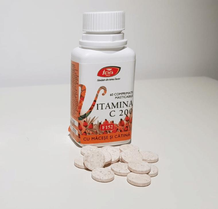 Vitamina-C-cu-Macese-si-Catina---Dusa-cu-cartea