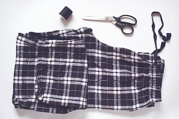 diy-fashion-Flannel-Pants-To-Scarf-steps-Feb-21-2015-01