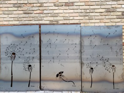 Dandelion privacy screen in raw steel provided 85% privacy. This series of 3 can be purchased together or seperately. Waterdown, Ontario
