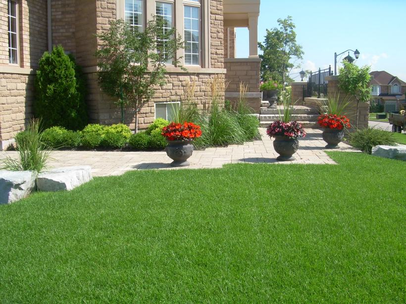 New Gardens and Walkway