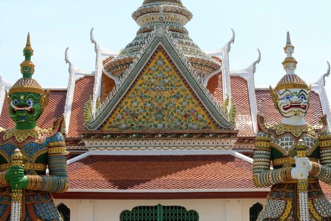 Bangkok, hem tarih, hem gelenek hem de modernizmin harika bir blrleşimi...