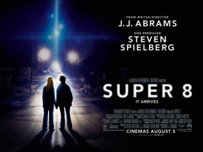 Super 8 - Yönetmen Abrams, Yapımcı Spielberg. Yetmez ama evet.