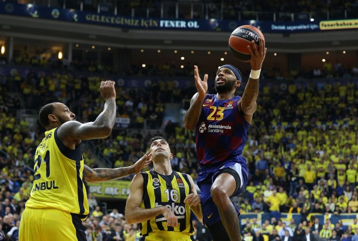Fenerbahçe - Barcelona maçından bir kare