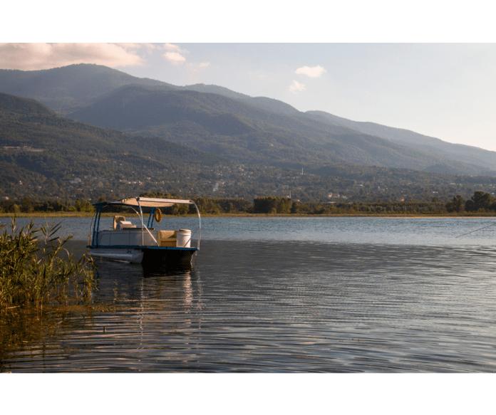 Sapanca Gölü'nden bir sahne