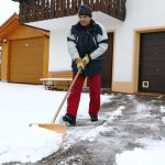Simple Winter Safety Tips To Help Prevent Outdoor Slips And Falls Dussault Zatir Personal