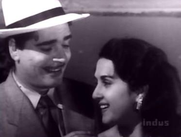 Bina in love with Ajit