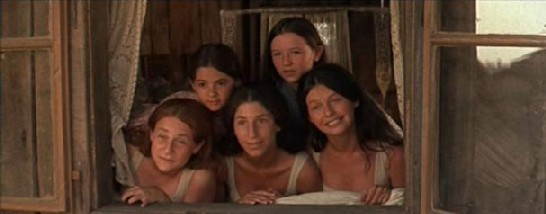 Tevye's daughters decide they're in no hurry to marry