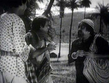 Goopy and Bagha discover everybody in Shundi is mute