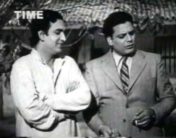 Prakash persuades Chandra to move to Bombay