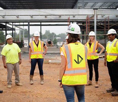 Dustin Construction on site