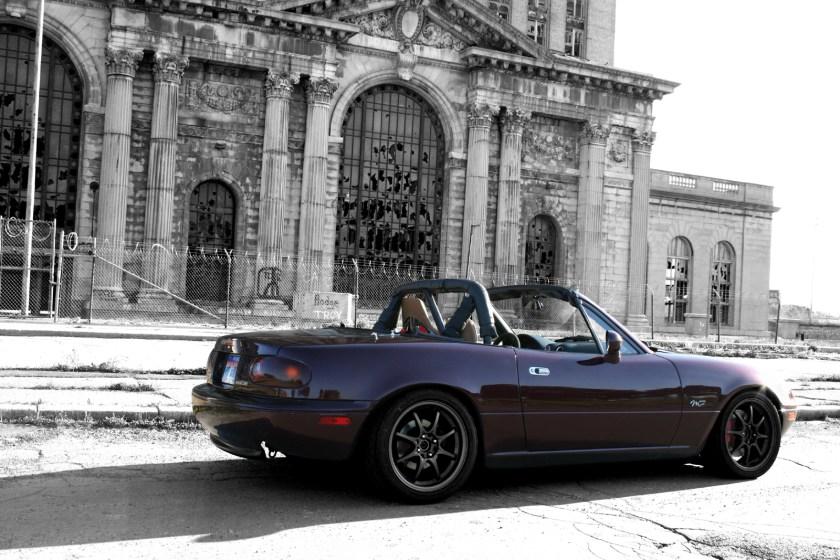 1995_mazda_mx-5_miata_2_dr_m-edition_convertible-pic-21585