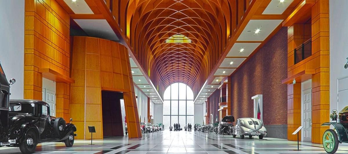 Louwman-museum-great-hall-850-021-e1481203600831