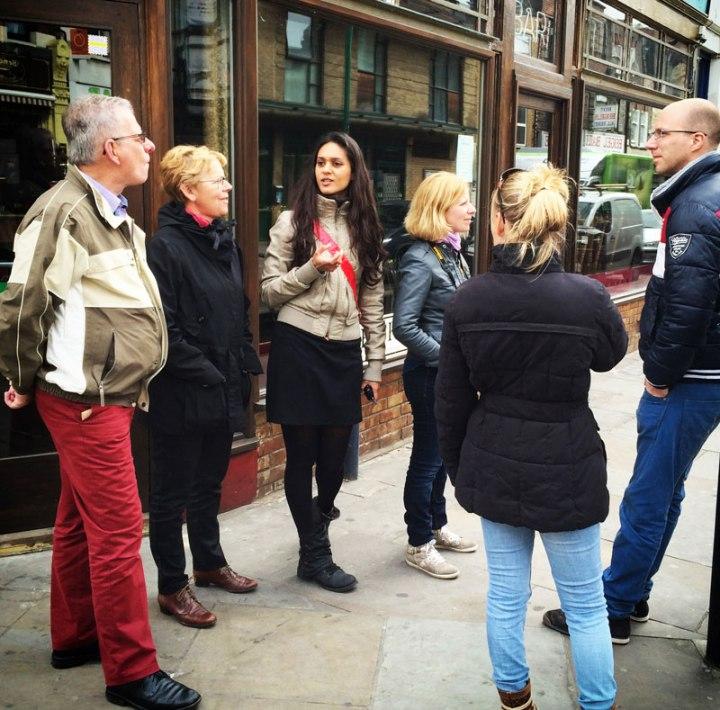 rondleiding-Dutch-Girl-in-London-tour-Shoreditch-Brick-Lane