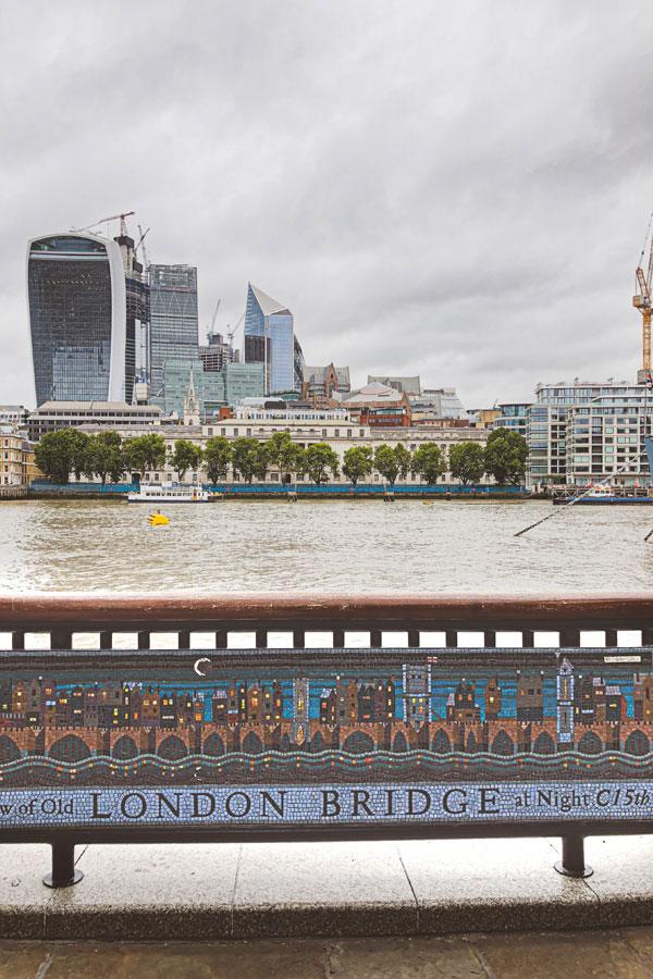 mosaic of 15th-century London bridge