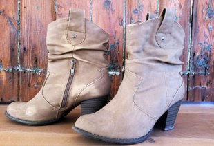 E1 ankle boots