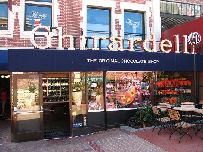 Ghirardelli Chocolate Shop, Ghirardelli Square, San Francisco, California, USA