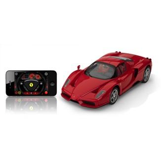 Este diseño es una réplica del Ferrari Enzo de 12 cilindros, del que únicamente se fabricaron 400 ejemplares entre 2002 y 2004.