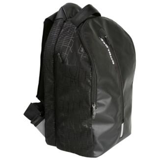 Reflectantes 3M en tres puntos de la mochila para que seas más visible mientras montas en bici.