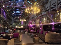 Parte de uno de los bares BLUE Sydney – A Taj Hotel