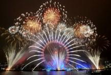 London Eye y con los fuegos artificiales
