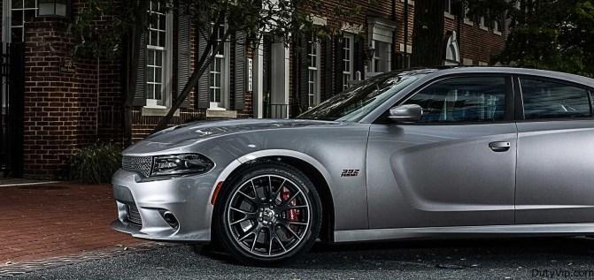El Dodge Charger SRT® 392 viene equipado con el sistema de frenos Brembo de desempeño ultra alto. Hablemos sobre la potencia de frenado.
