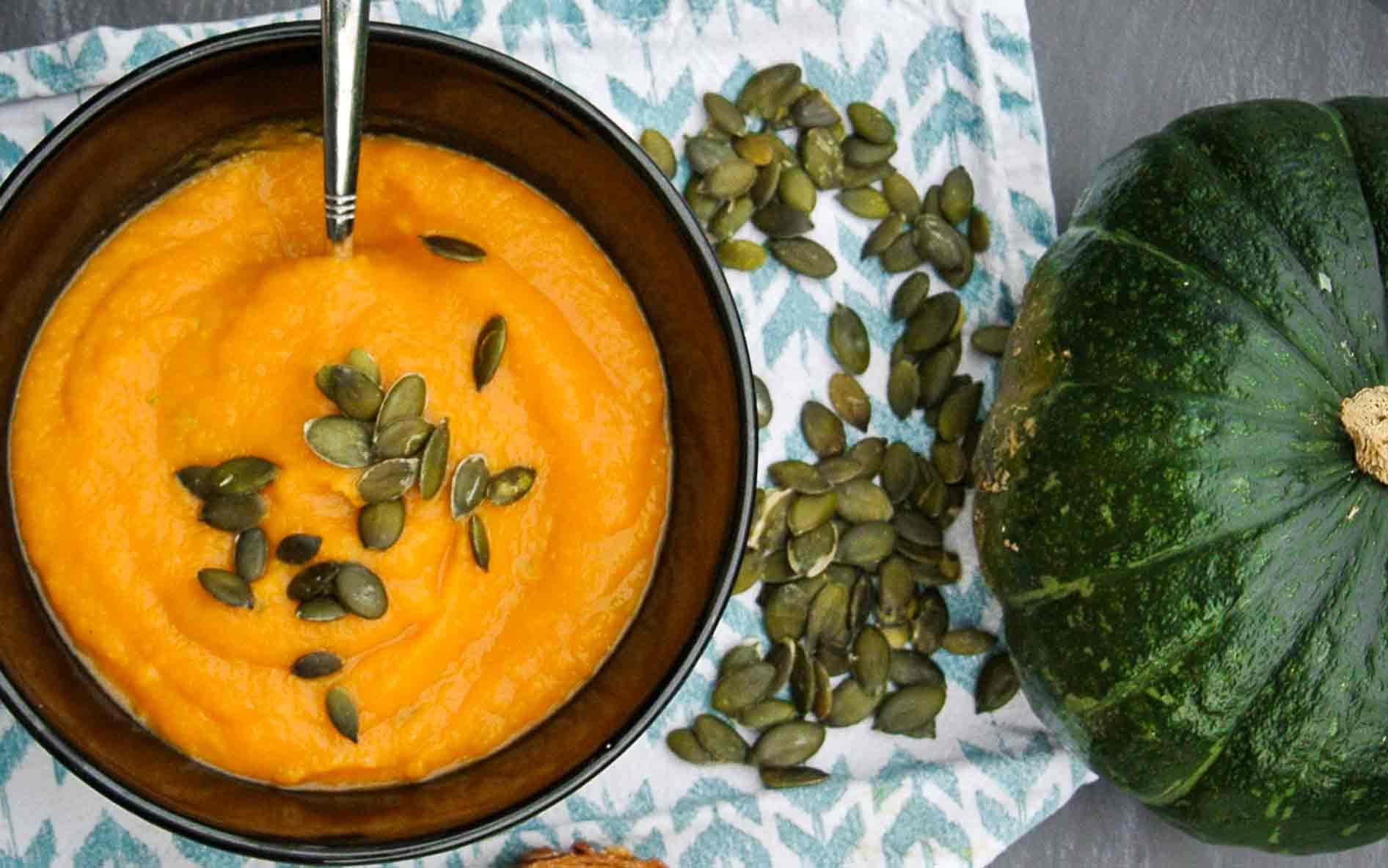 Recept: heerlijk zoete kruidige pompoensoep