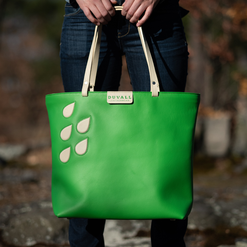 Spring and summer leather tote bag in fun colors