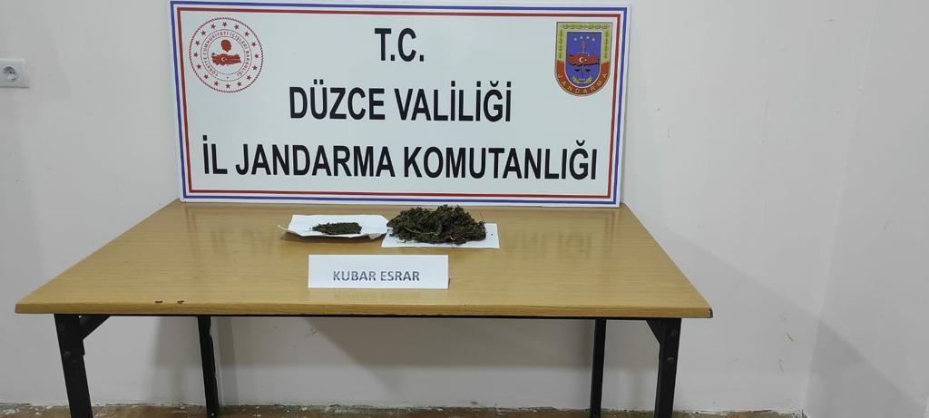 Jandarma ekipleri 92,3 gram esrar ele geçirdi