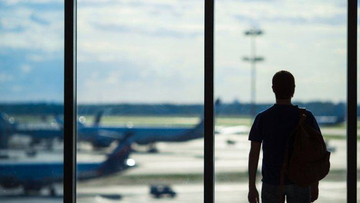Как военное положение повлияет на безвиз и выезд за границу