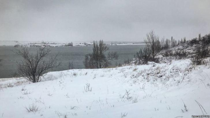 На Крым снова обрушился снегопад
