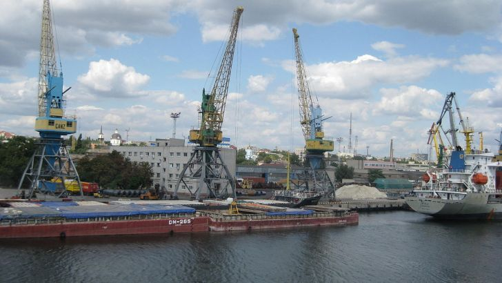 С начала 2019 года морской порт Херсон принял 200 судов