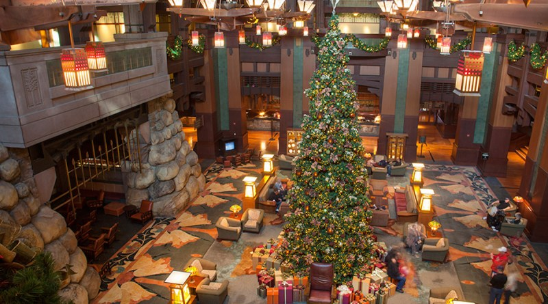 DVC Christmas Eve Holiday Dinner at Disneyland Resort