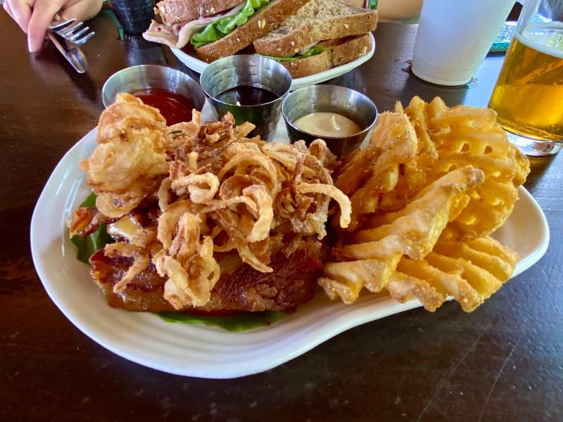Geyser Point - Bison Burger