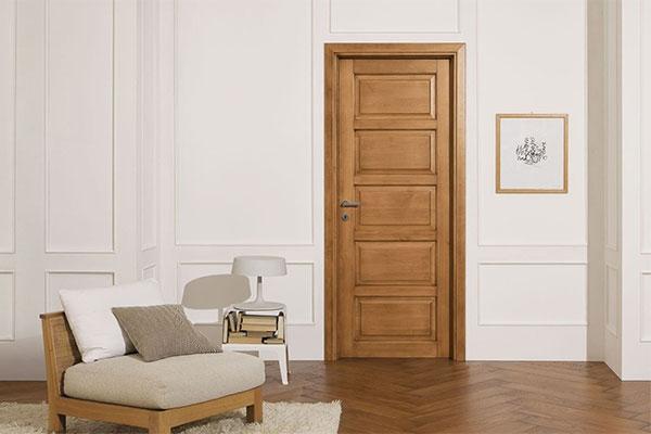 Недостатки межкомнатных дверей из массива