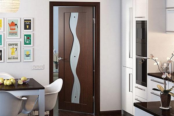 Новая шпонированная дверь «Вираж» от «ДМ-Сервис»
