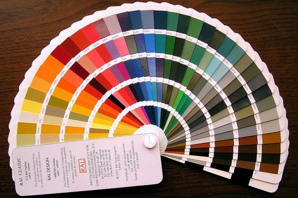Выбор цвета по каталогу RAL для будущей двери