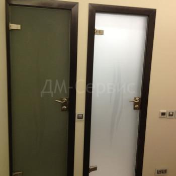 Стеклянные матовые двери для ванной и туалета