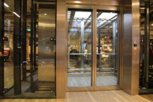 двери из стеклокомпозита