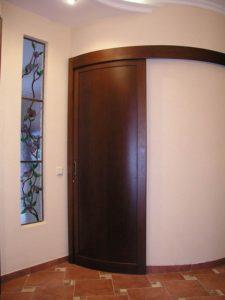 глухая радиусная дверь