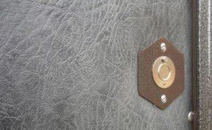 отделка металлической двери винилискожей