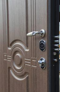 входная дверь сударь