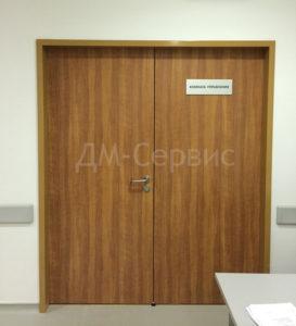 Двустворчатая дверь облицованная пластиком CPL