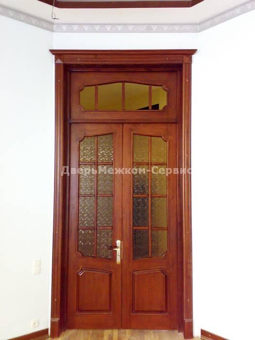 Остекленная двустворчатая дверь с фрамугой