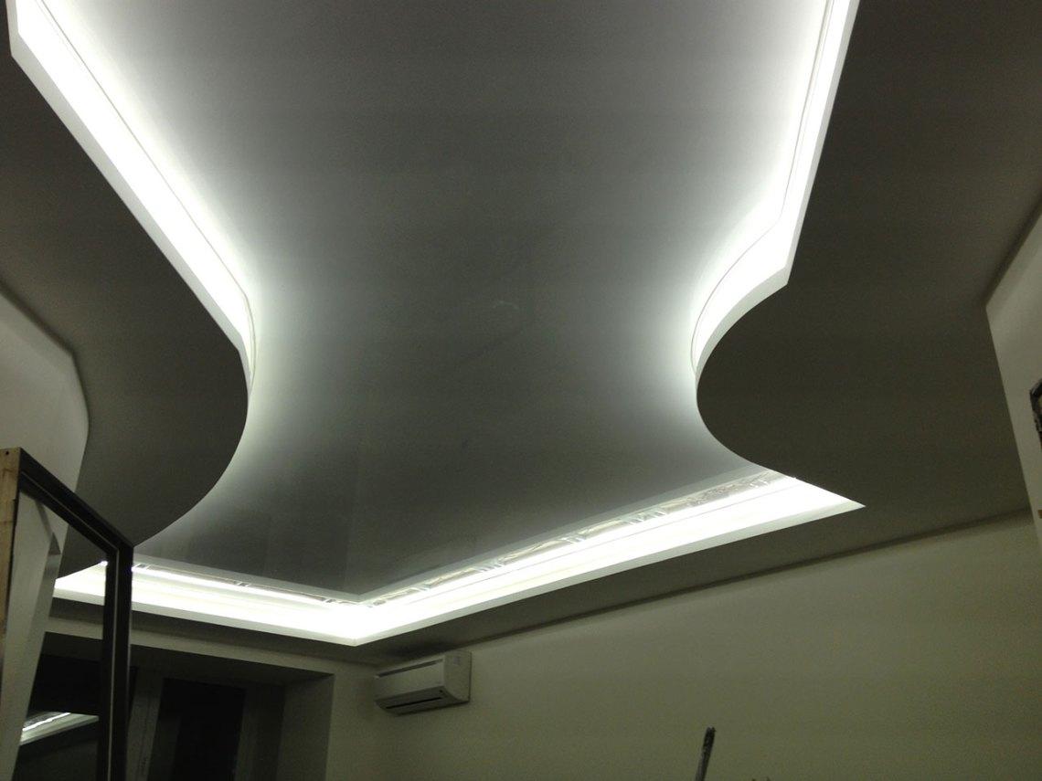 Стеклянный потолок в квартире