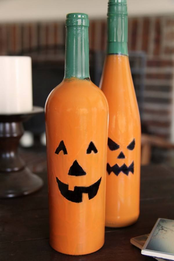 decoracion-halloween-2013-calabazas-frascos-con-botellas-e1381917795171