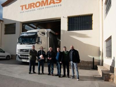 Colaboración entre Dvidrio Trading y Turomas