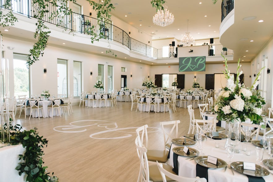 Grand Ballroom - D'Vine Grace - Wedding Venue in McKinney, TX (1)